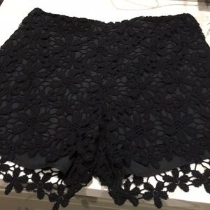 Vintage Lacey high wasted dressy shorts